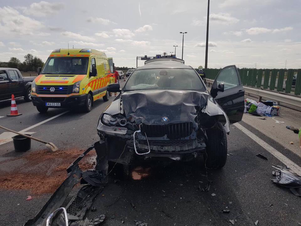 Heten sérültek két balesetben szombaton (fotók)